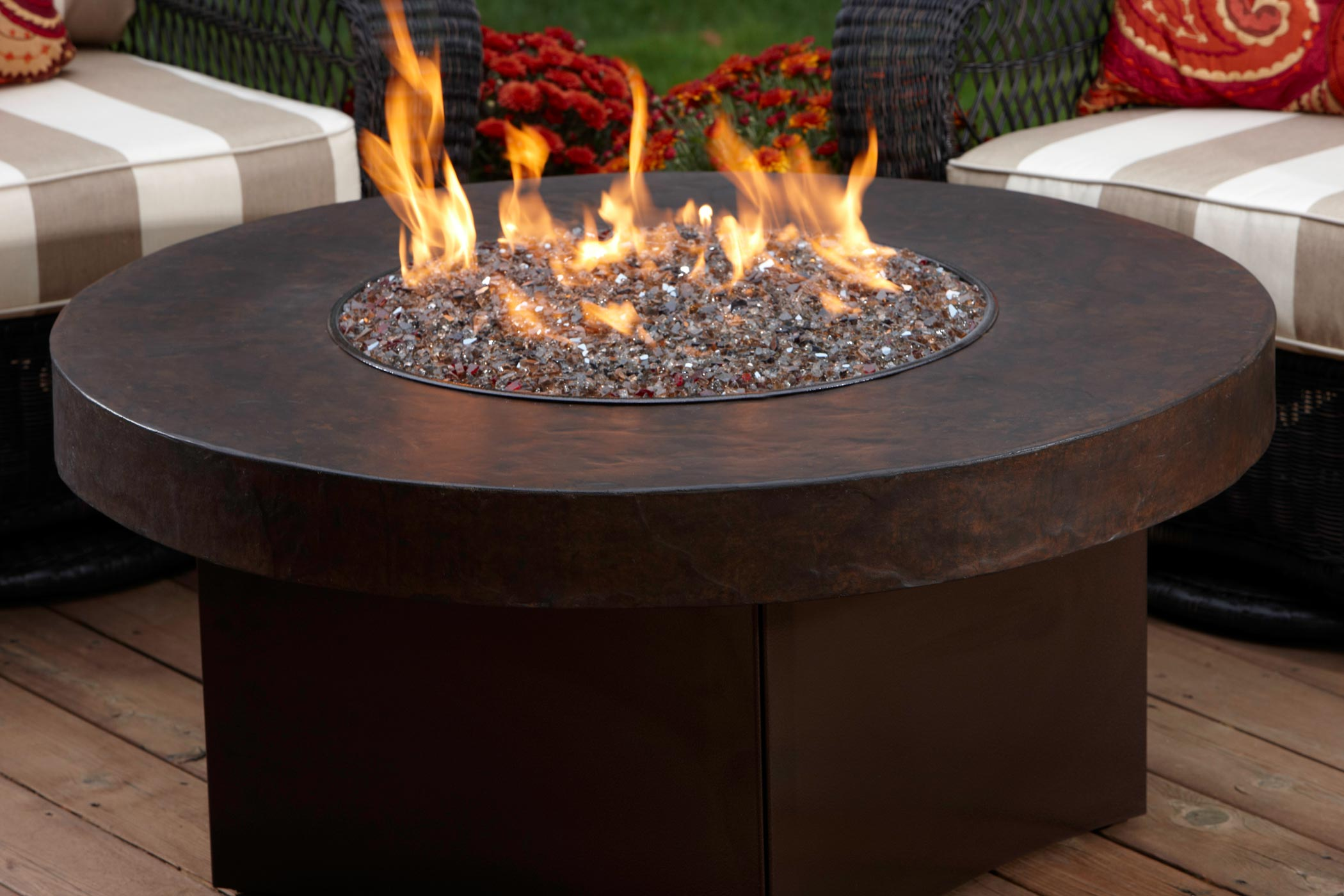 Outdoor Fireplace Tables Are Hot Hot Hot Rooms With Style Home Staging And Redesign Shar Sitter Minneapolis Mn